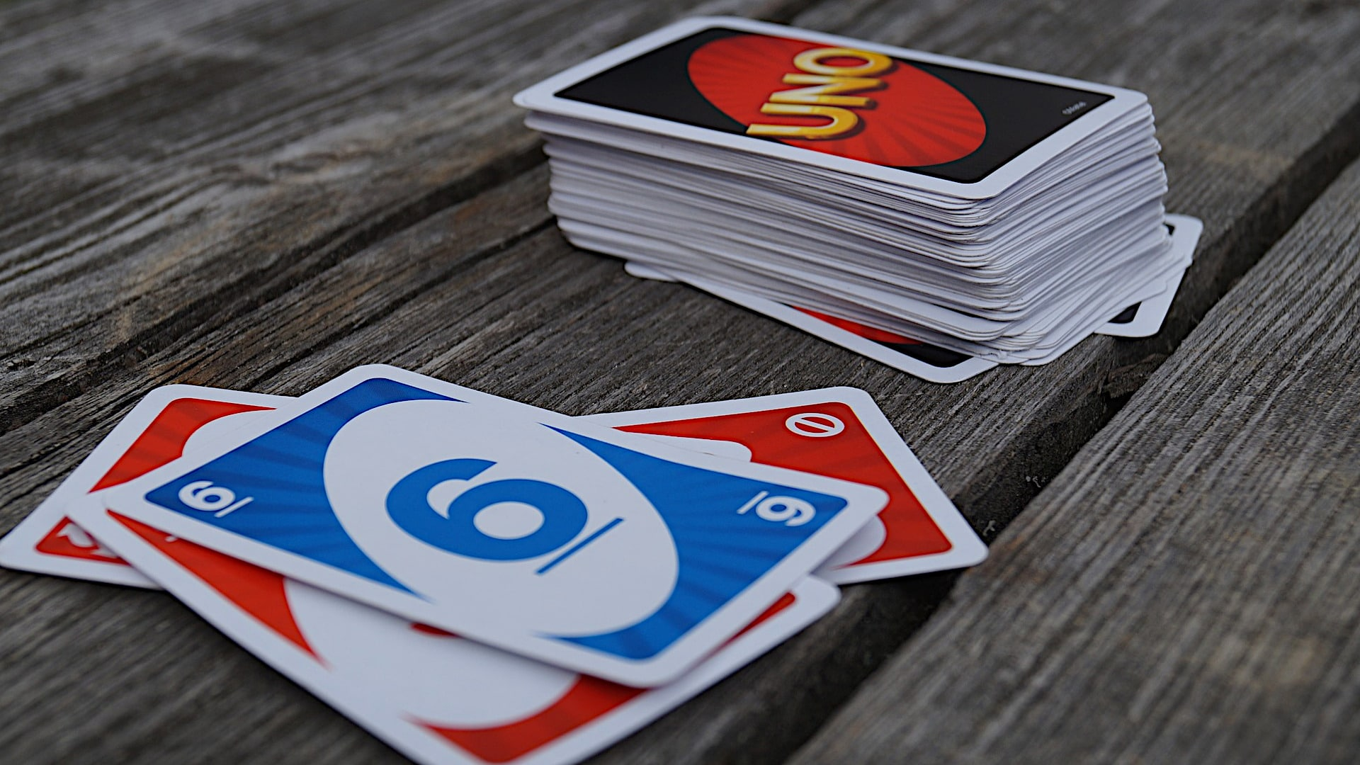 How to play Uno?