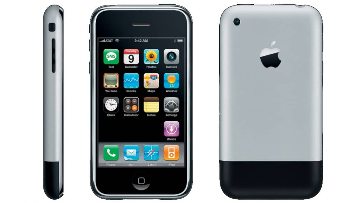 Apple iPhone History 2